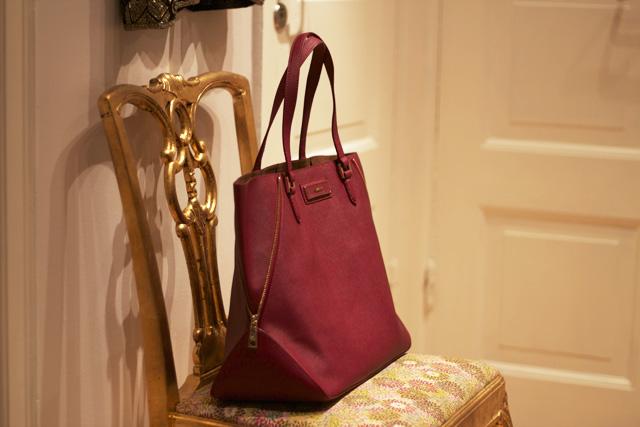 åhlens Väska Dkny : Dkny saffiano leather large zip tote pippi h
